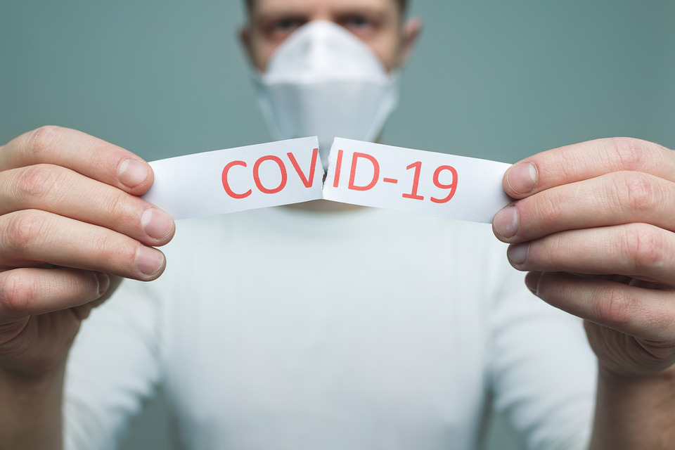 How to Keep Yourself and Others Safe From COVID-19